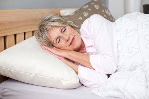 Heavier Blankets Make for Better Sleep For Seniors