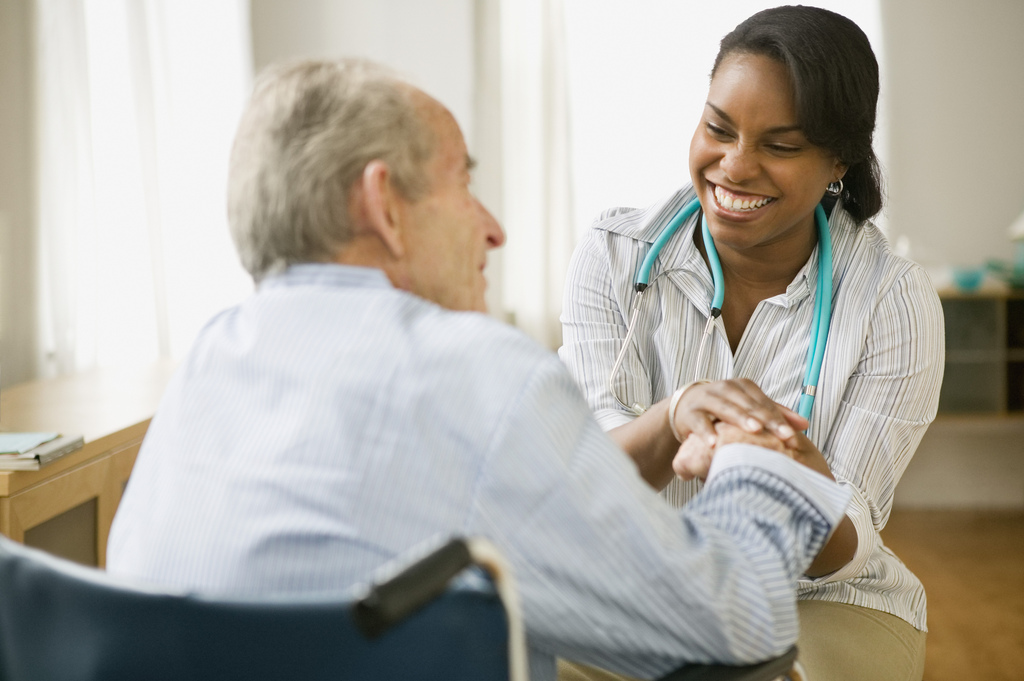 Skilled nurses help seniors recover at home.